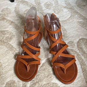 Ollio Gladiator Sandals Brown 7.5 LIKE NEW